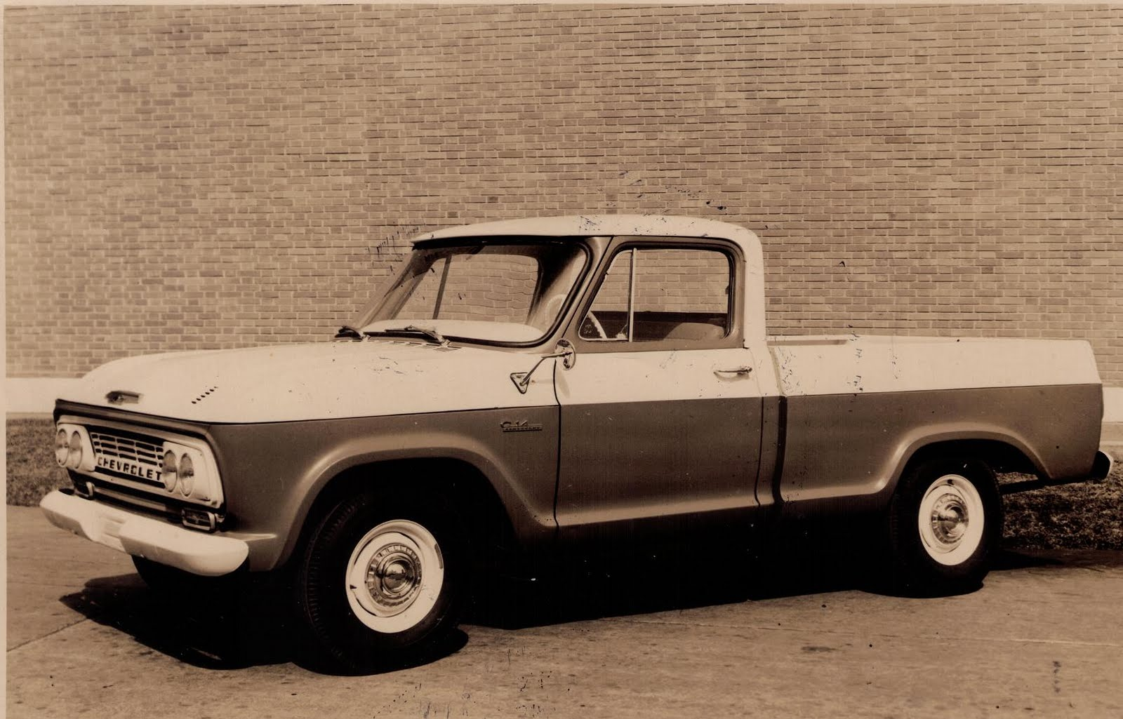 Gm pickup photo - 4