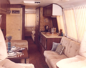 Gmc motorhome photo - 3