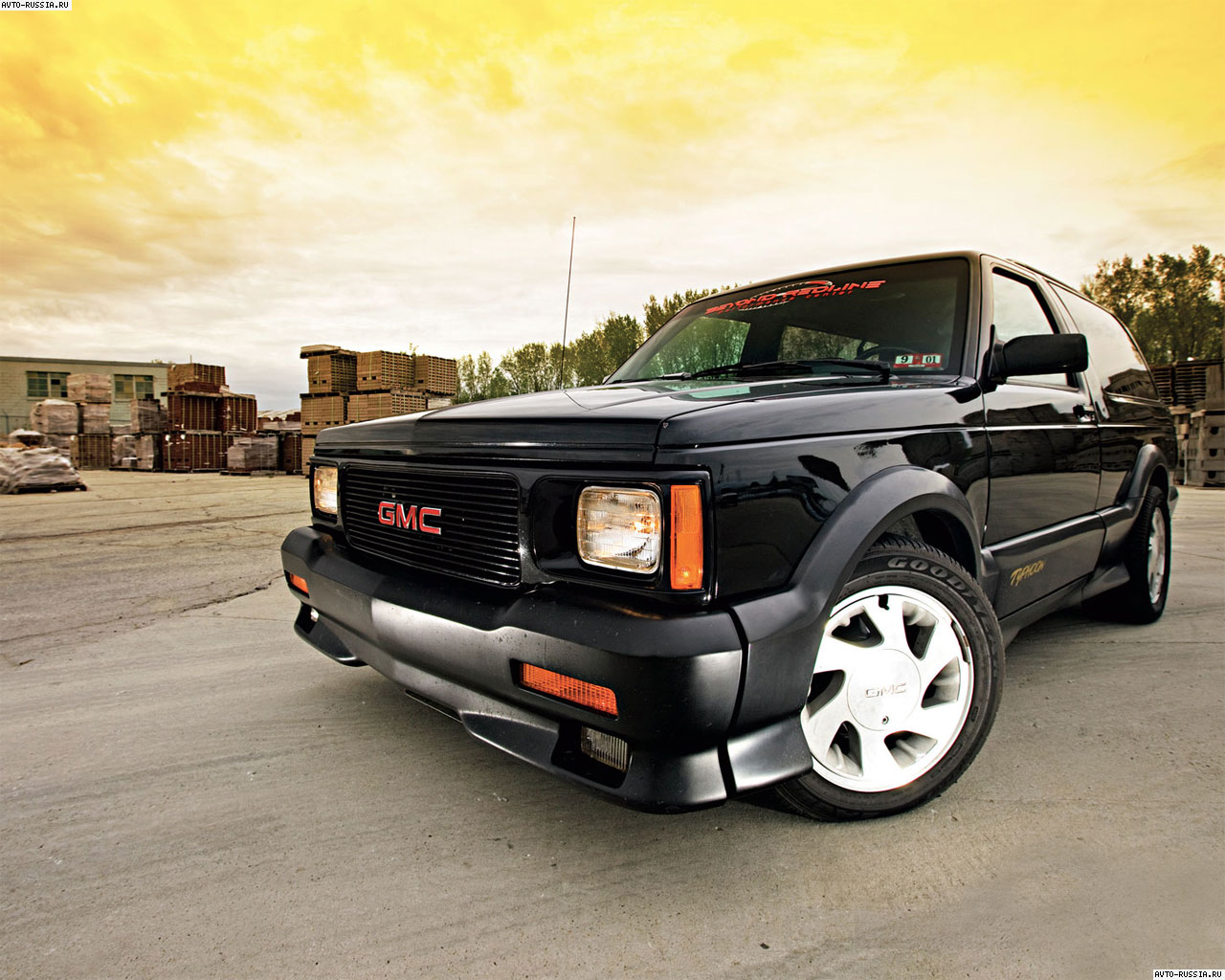 Gmc typhoon photo - 2