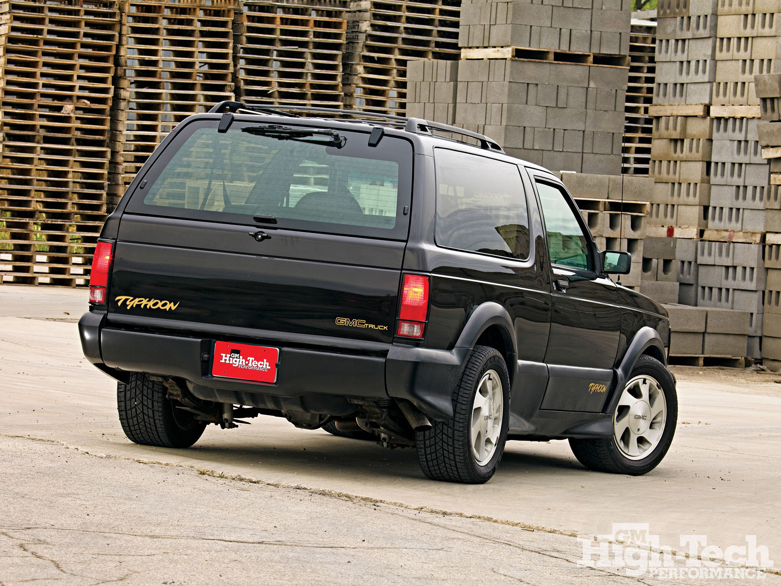 Gmc typhoon photo - 3