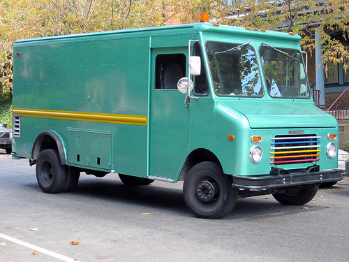 Grumman step-van photo - 2