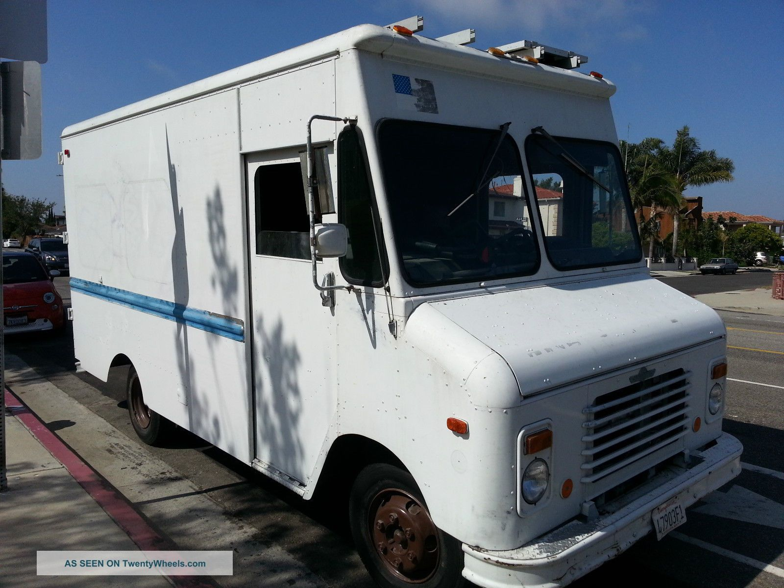 Grumman stepvan photo - 3