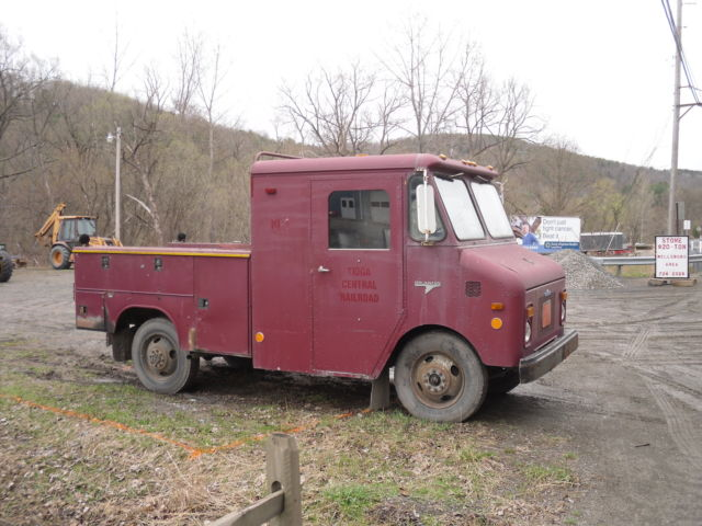 Grumman truck photo - 2