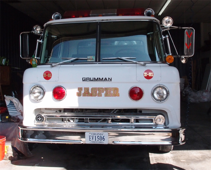 Grumman truck photo - 4