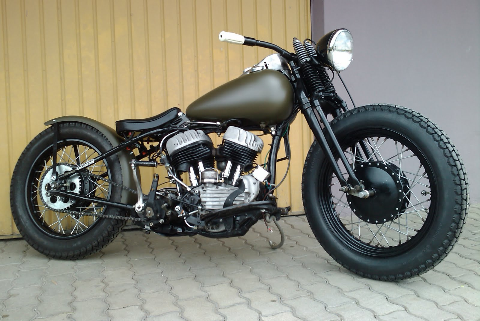 Harley-davidson 750 photo - 2