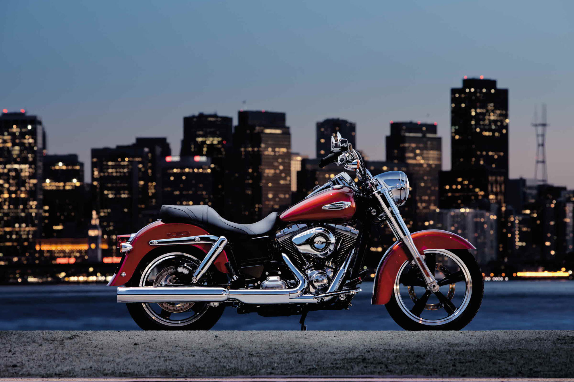 Harley-davidson dyna photo - 1