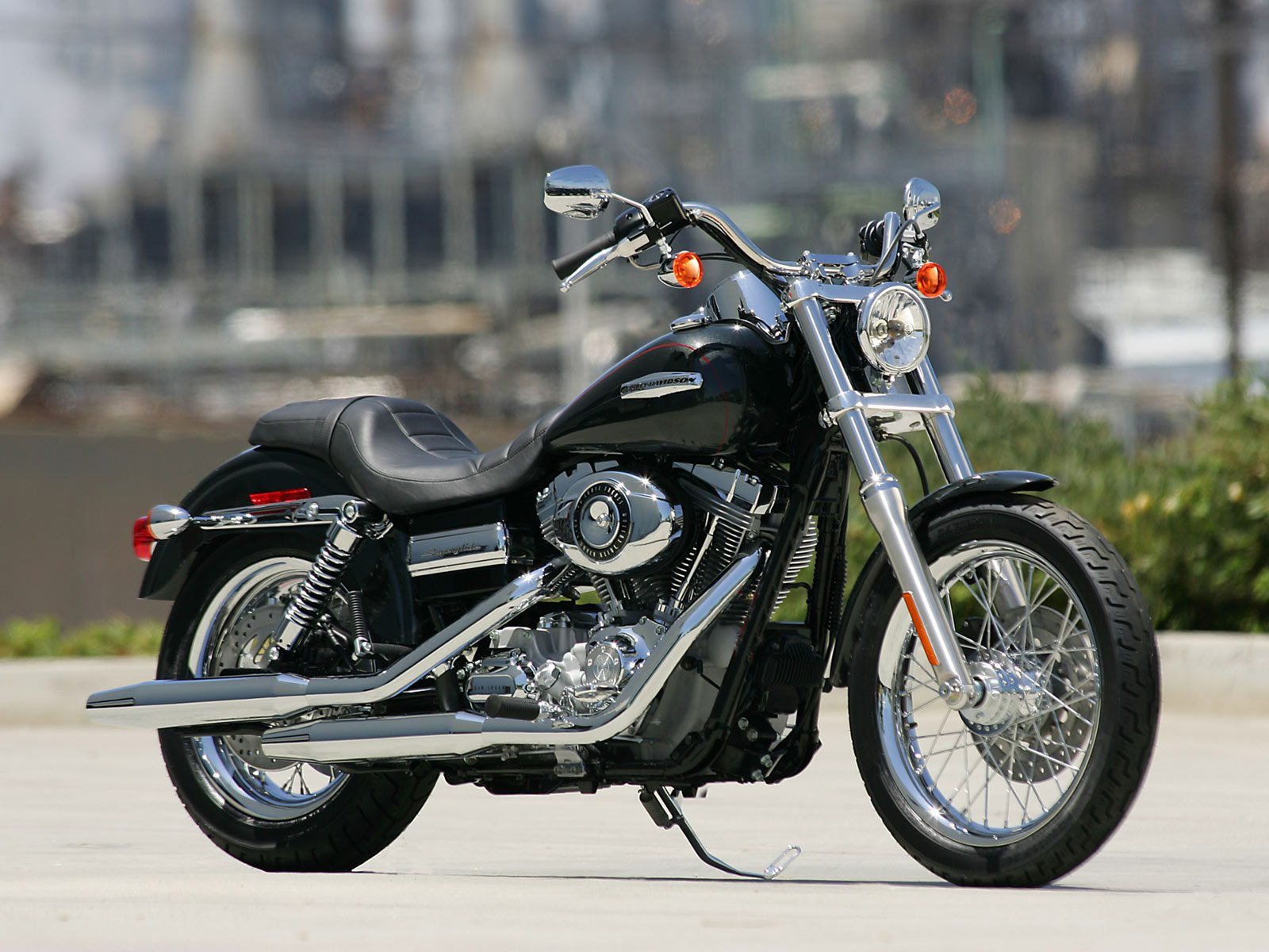 Harley-davidson dyna photo - 4