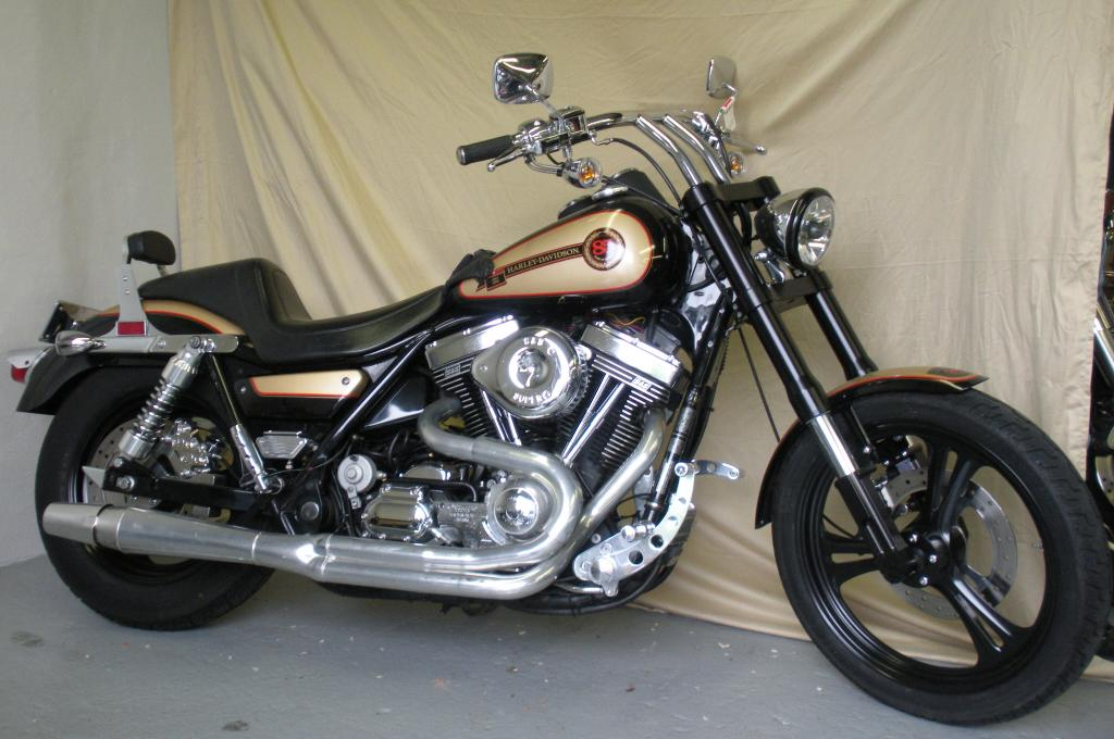 Harley-davidson fxr photo - 1