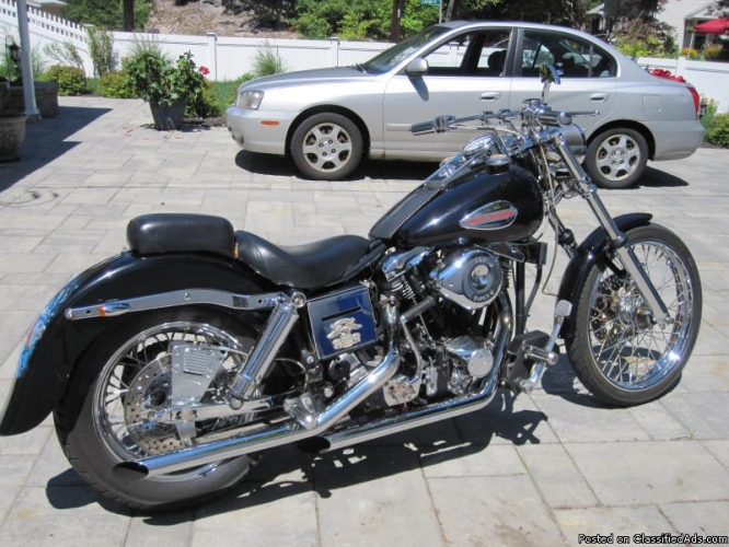Harley-davidson fxwg photo - 1