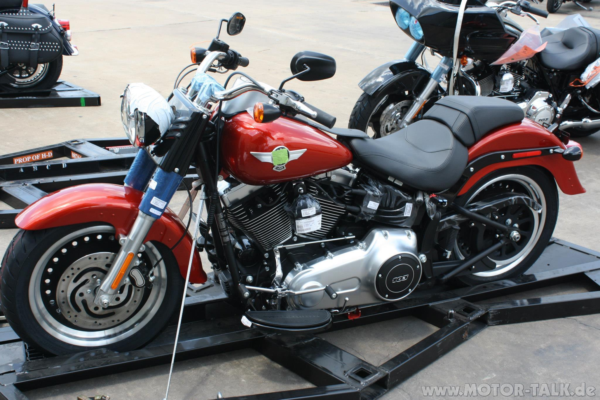 Harley-davidson low photo - 4
