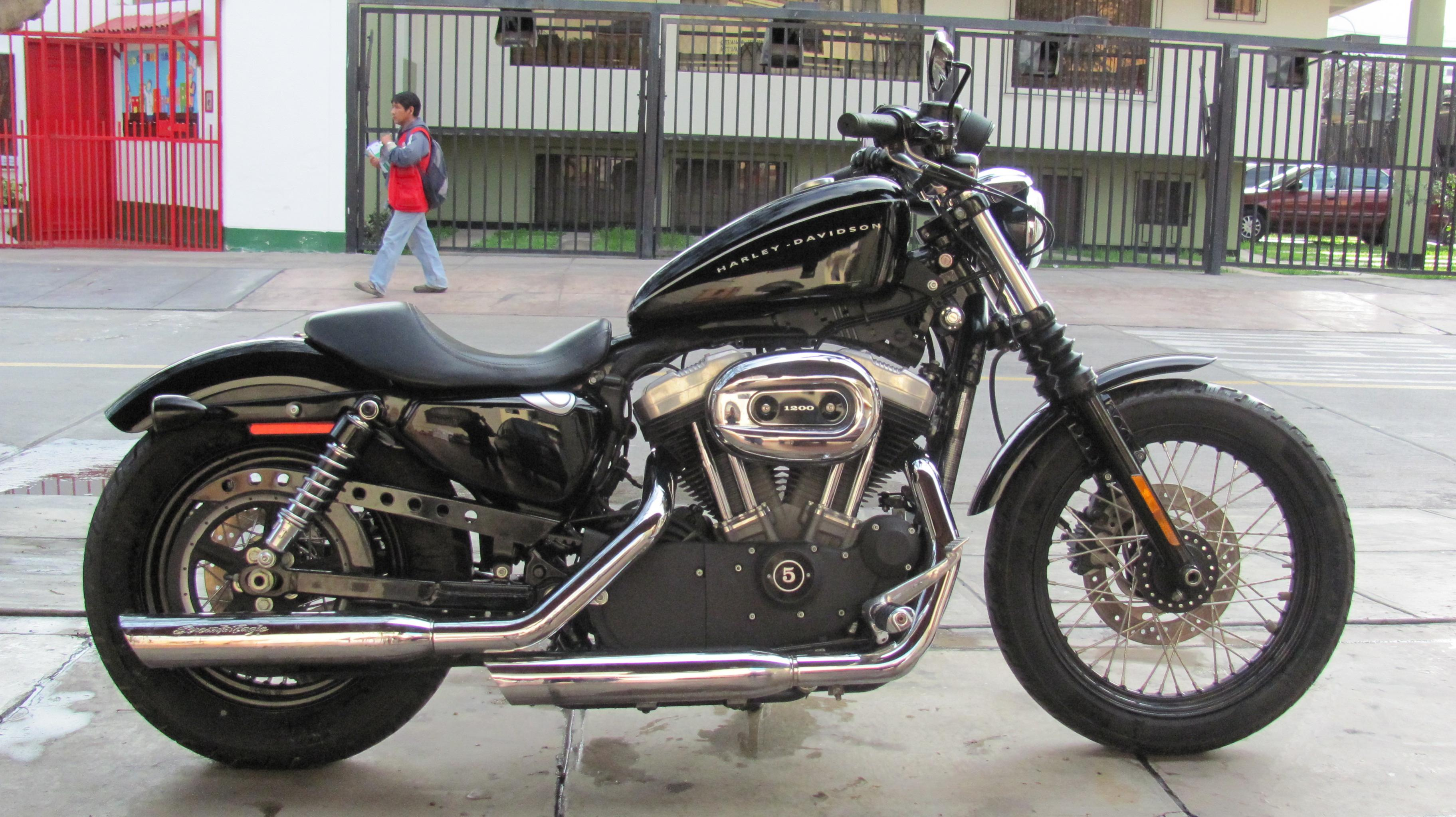 Harley-davidson nightster photo - 1
