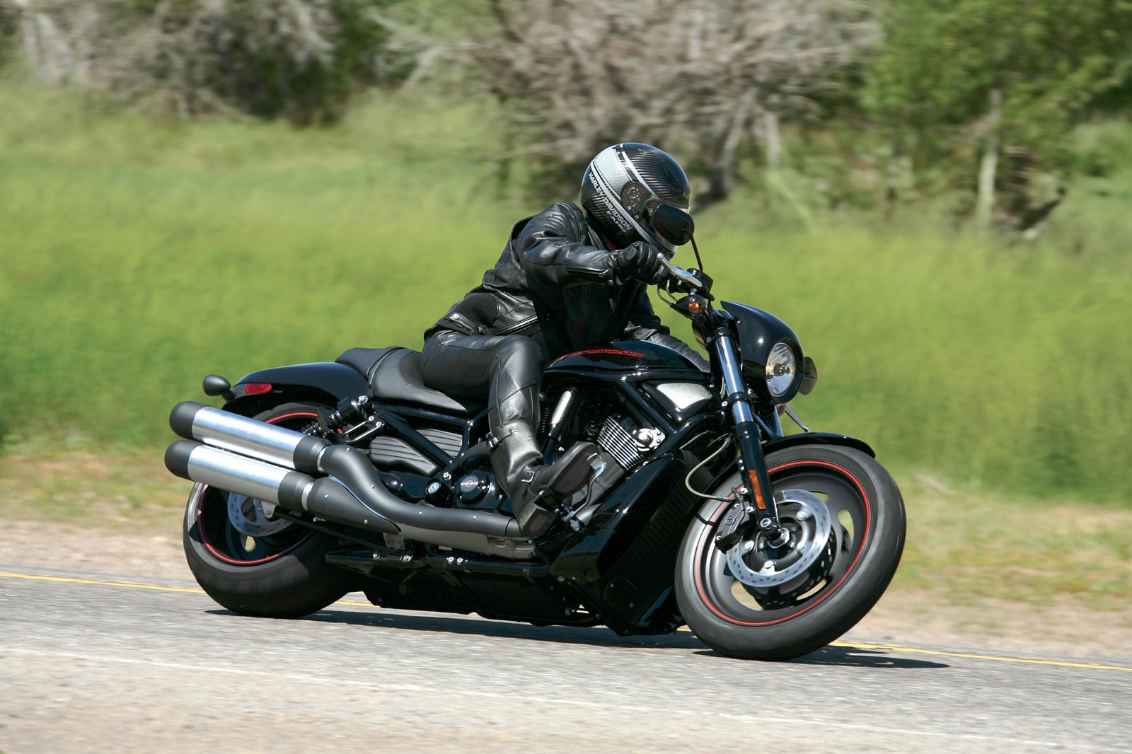 Harley-davidson vrscdx photo - 1