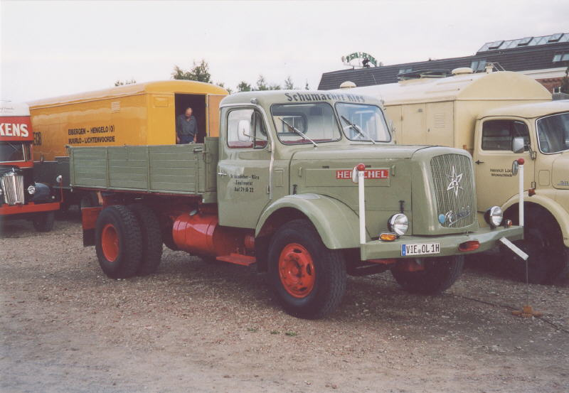 Henschel hs photo - 2