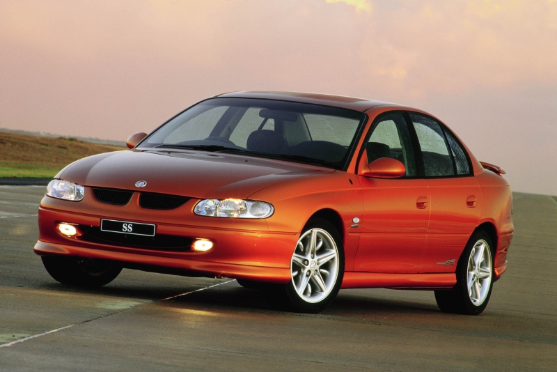 Holden commodore photo - 1