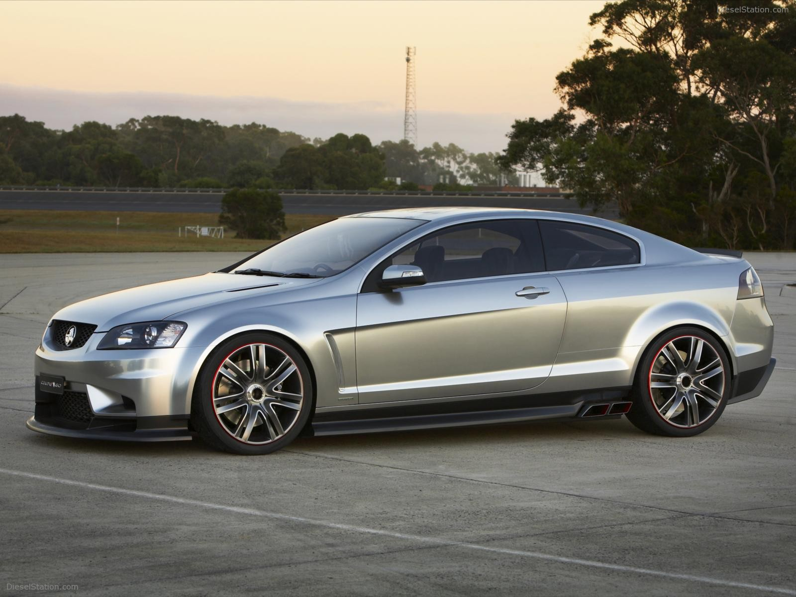 Holden coupe photo - 4
