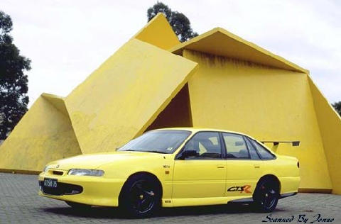 Holden gts-r photo - 3