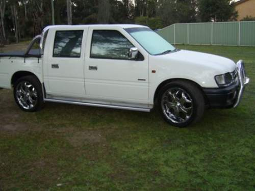 Holden rodeo photo - 2