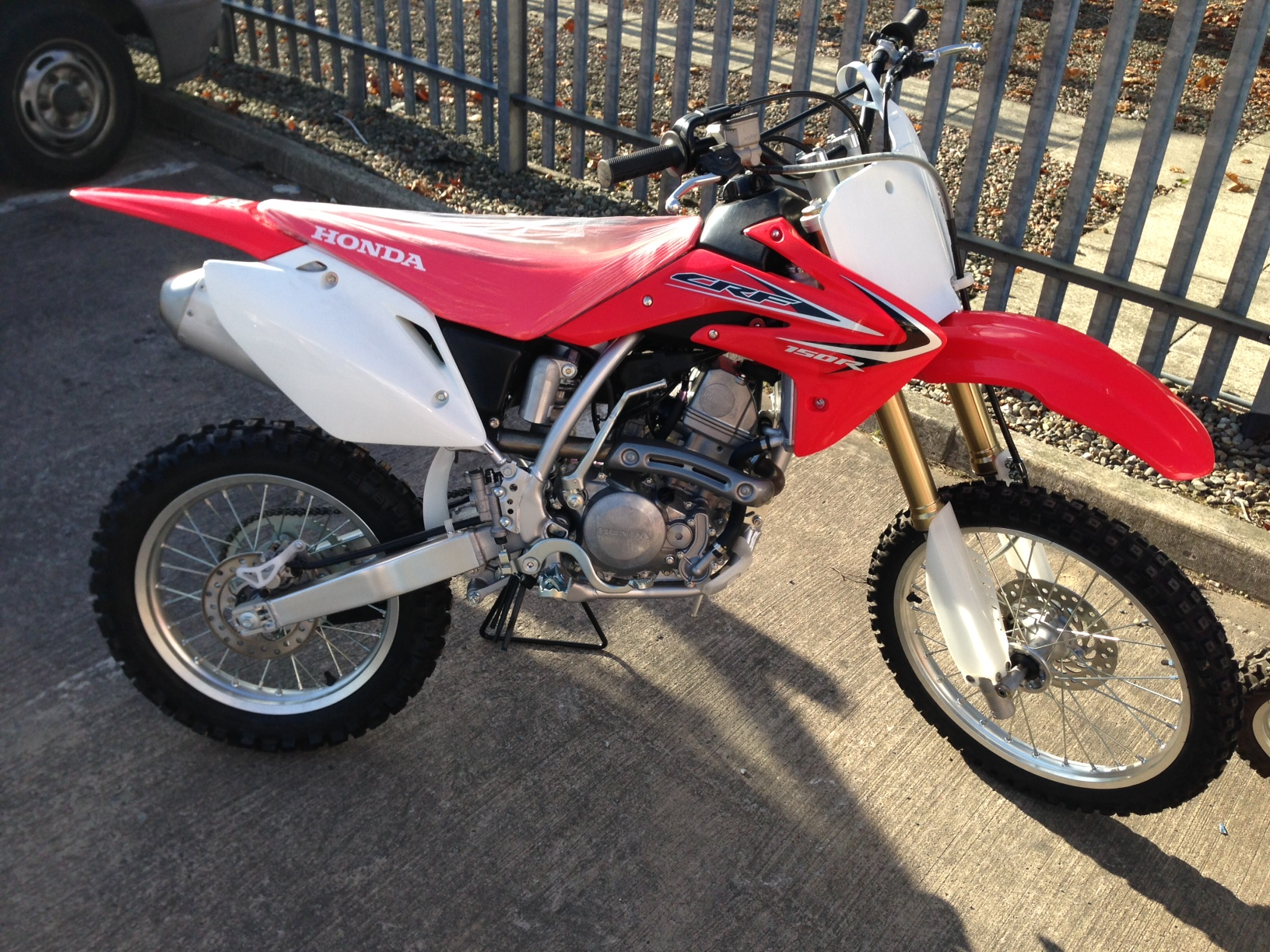 Honda crf150r photo - 2