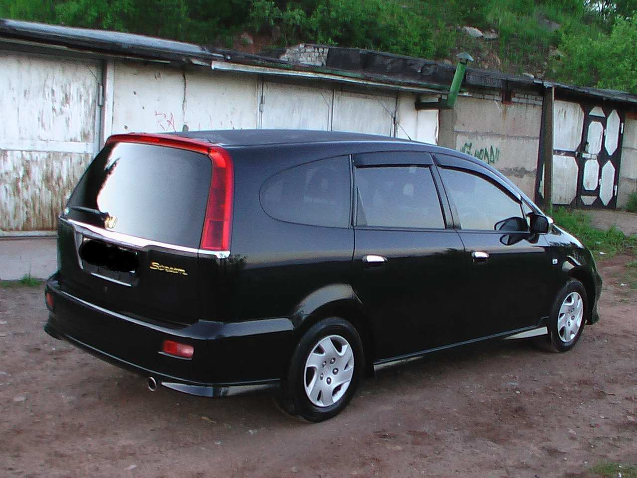 Honda stream photo - 1