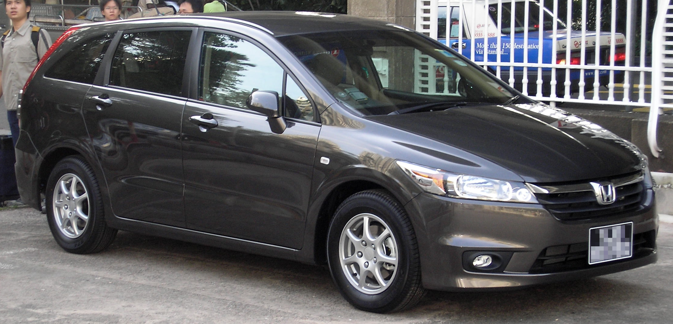 Honda stream photo - 4