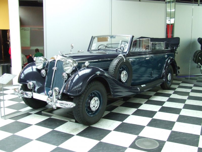 Horch 951 photo - 1