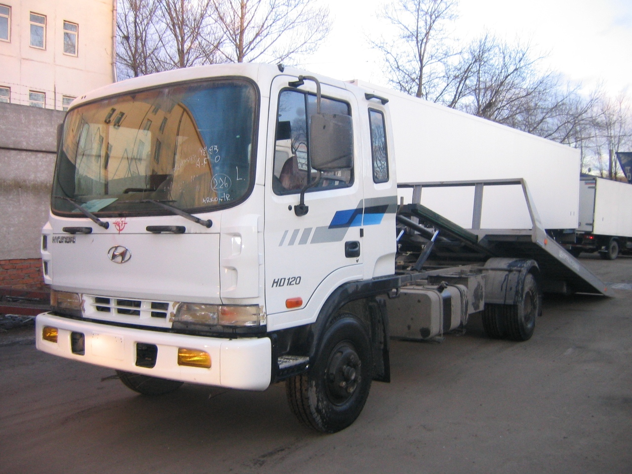 Hyundai hd-120 photo - 3
