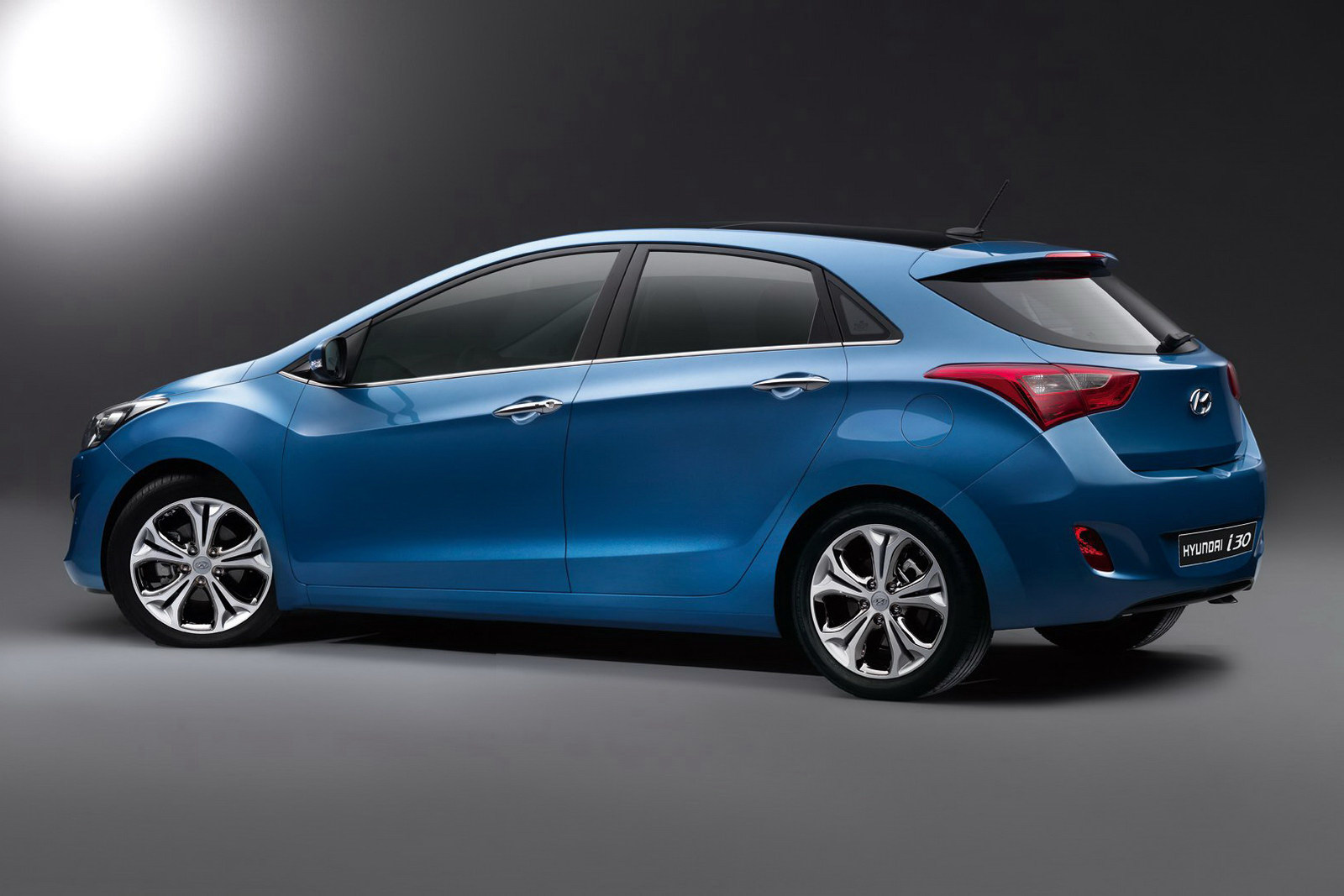 Hyundai i30 photo - 3