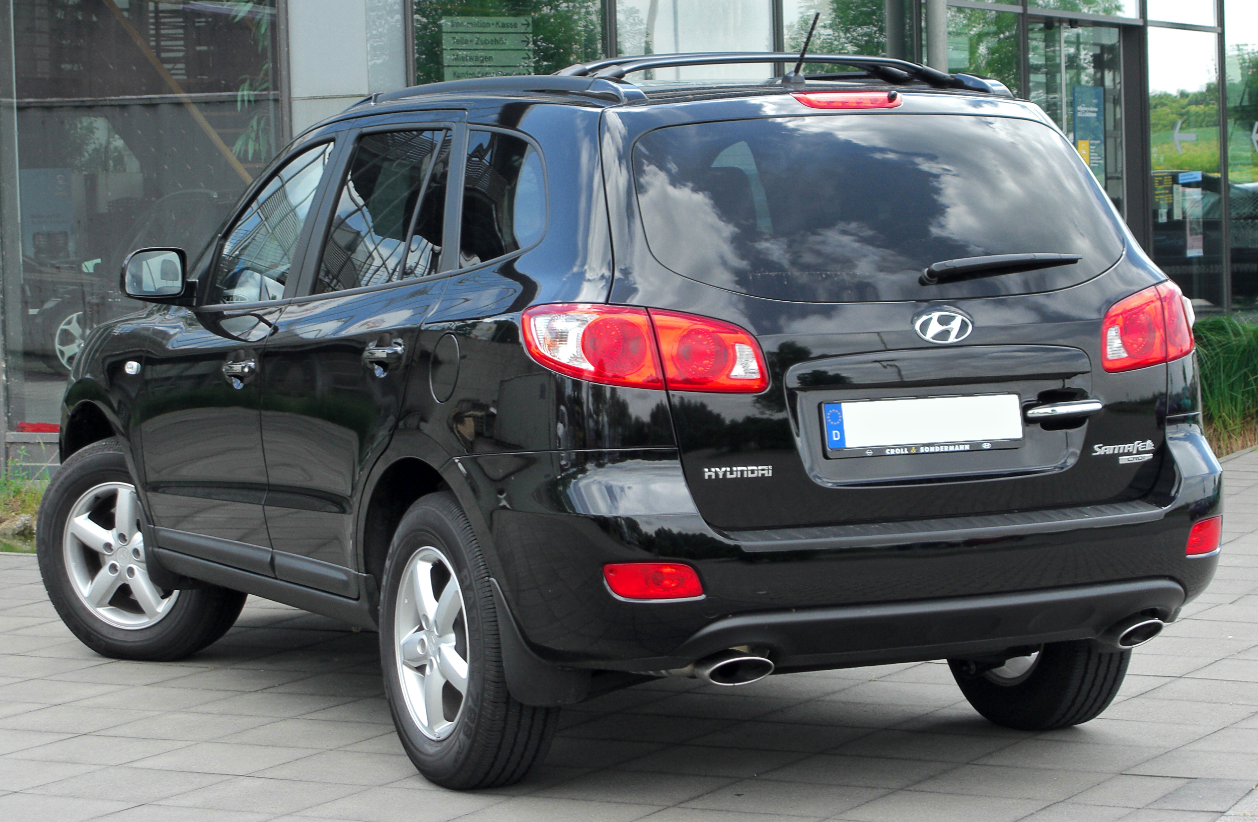 Hyundai sante photo - 1