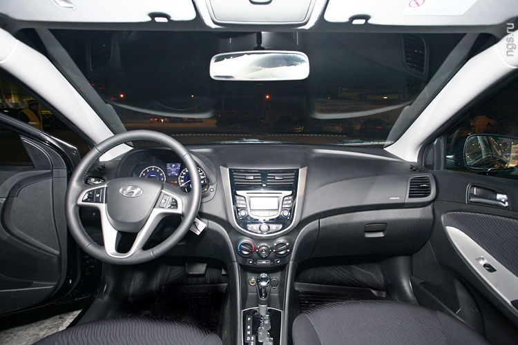 Hyundai solaris photo - 2