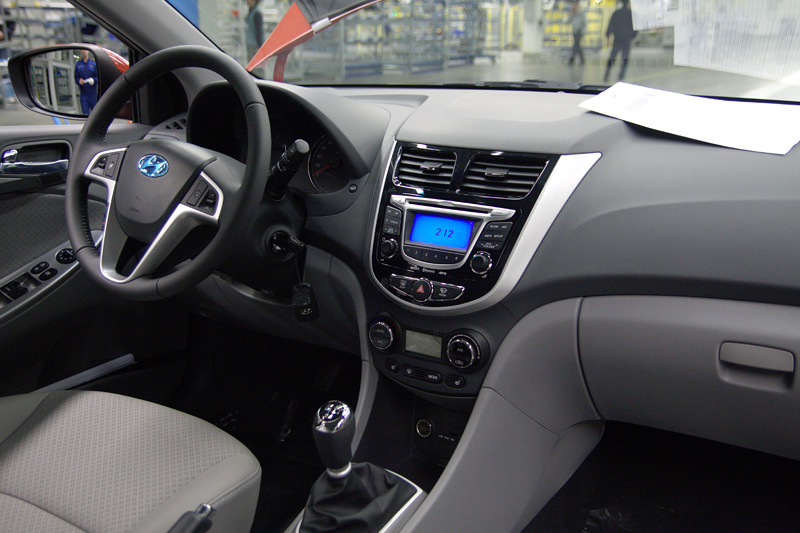 Hyundai solaris photo - 3