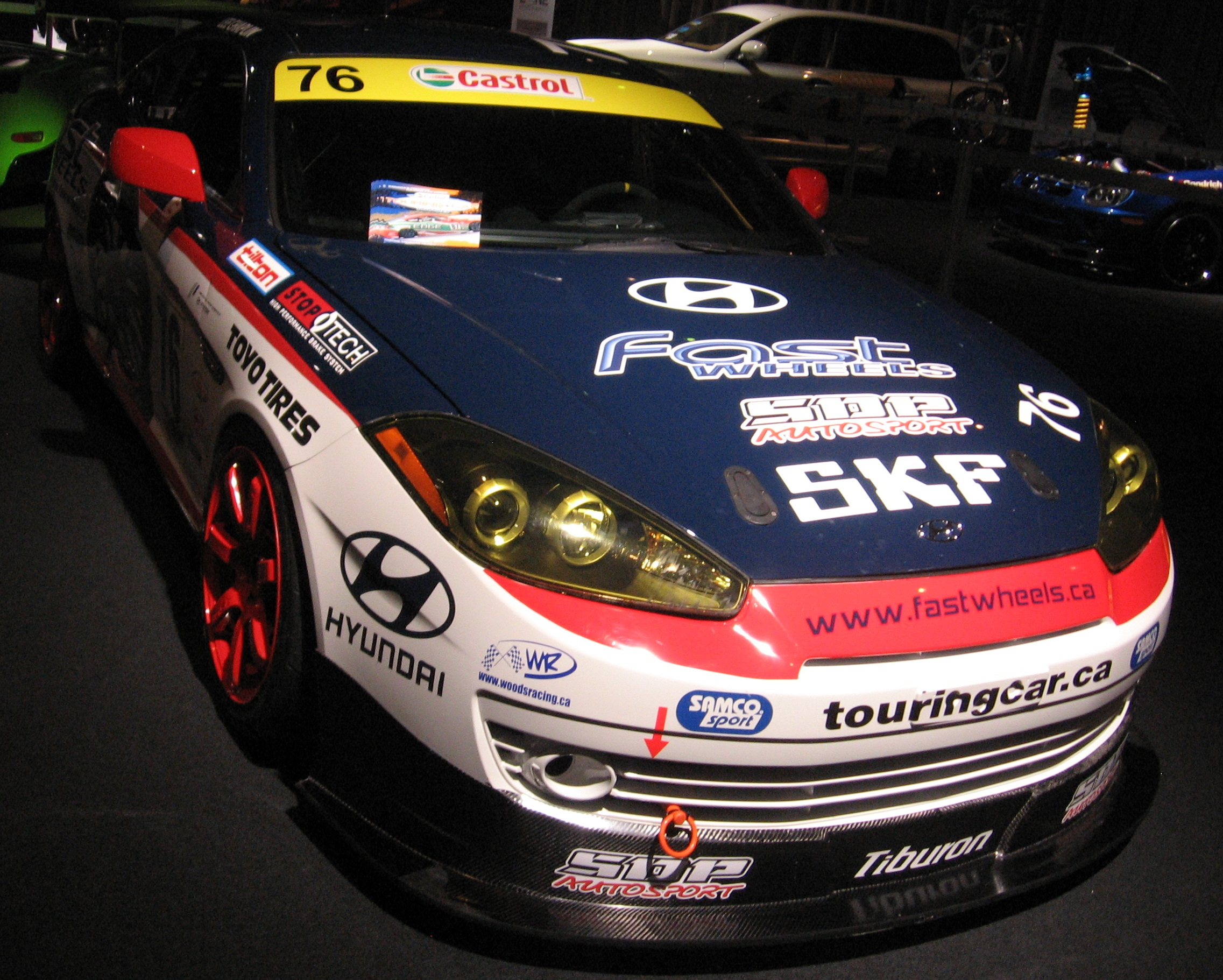 Hyundai tiburon photo - 4