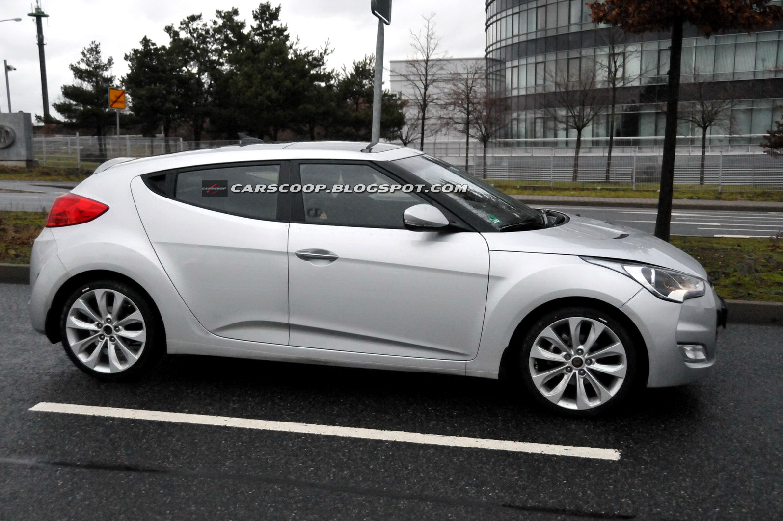 Hyundai veloster photo - 2