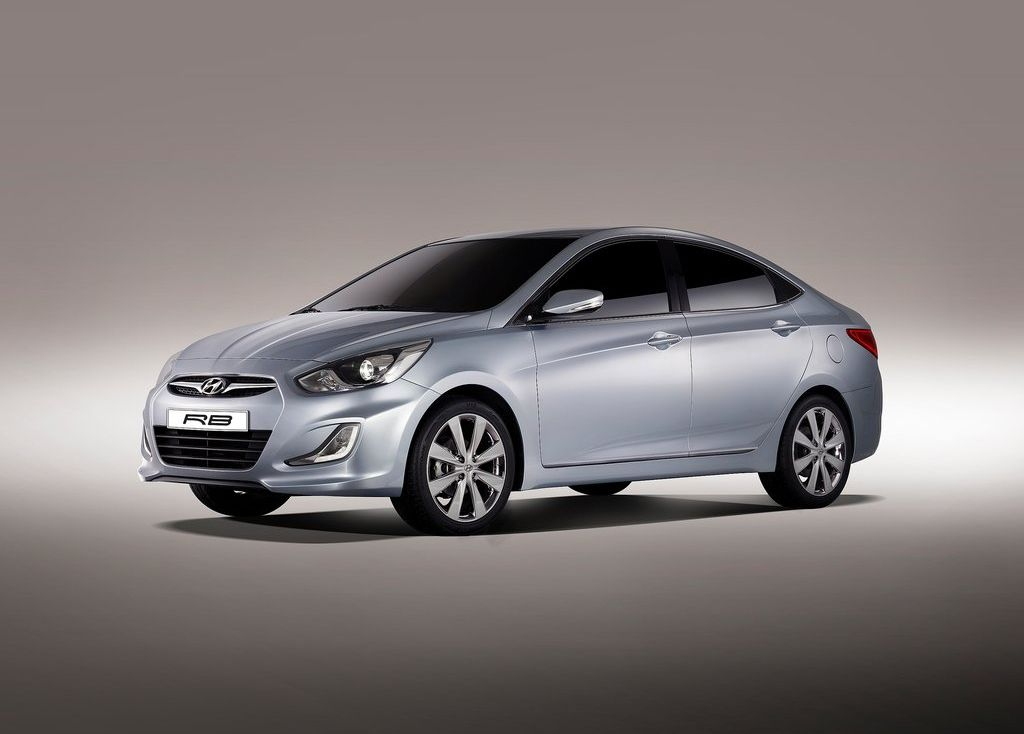 Hyundai verna photo - 4