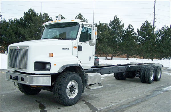 International 5600 photo - 1