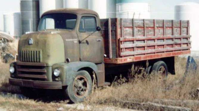 International harvester coe photo - 1