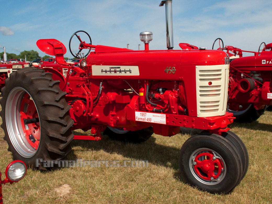 International harvester farmall photo - 1