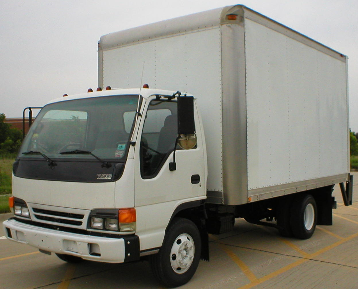 Isuzu npr photo - 4