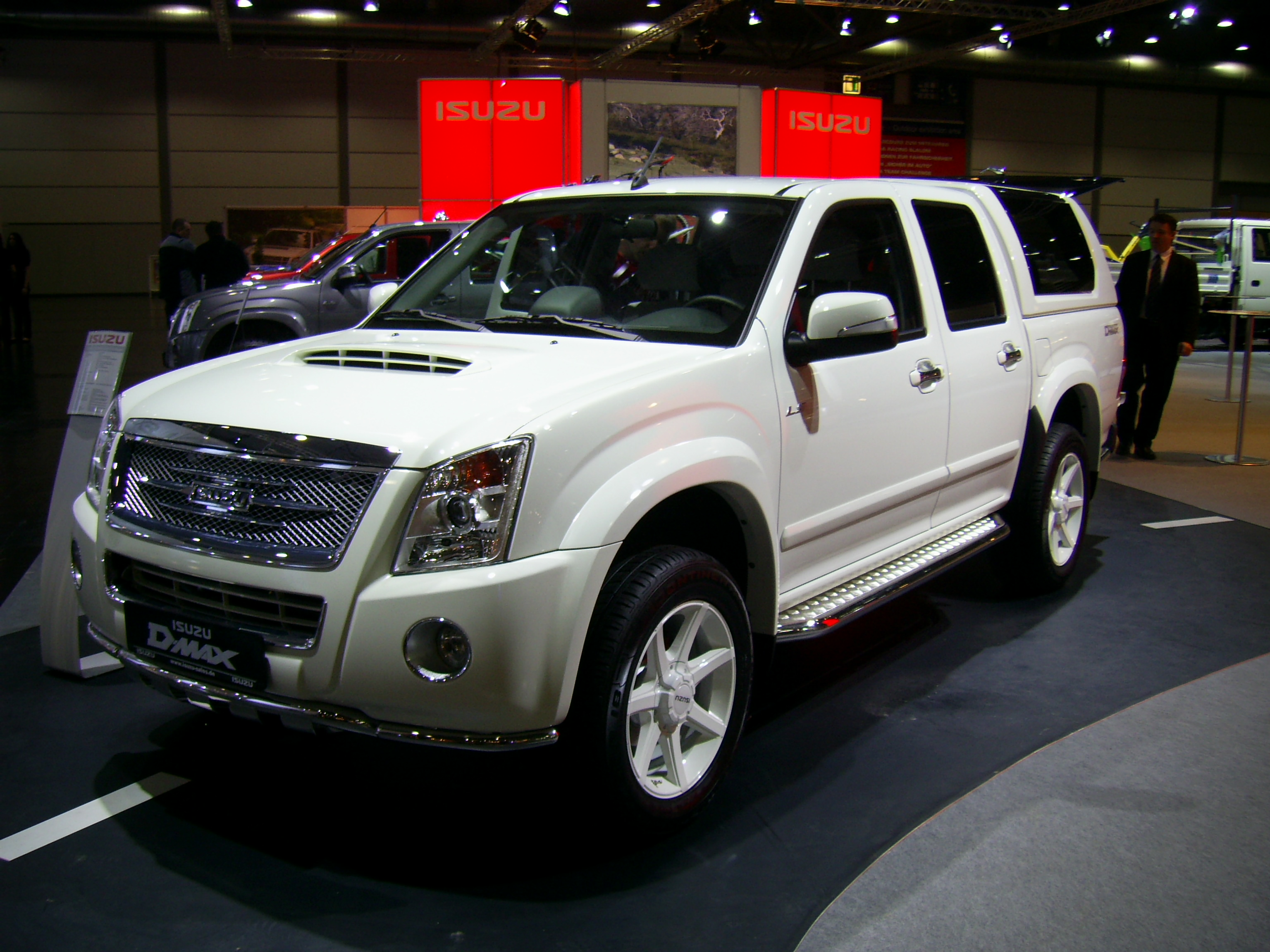 Isuzu type photo - 3