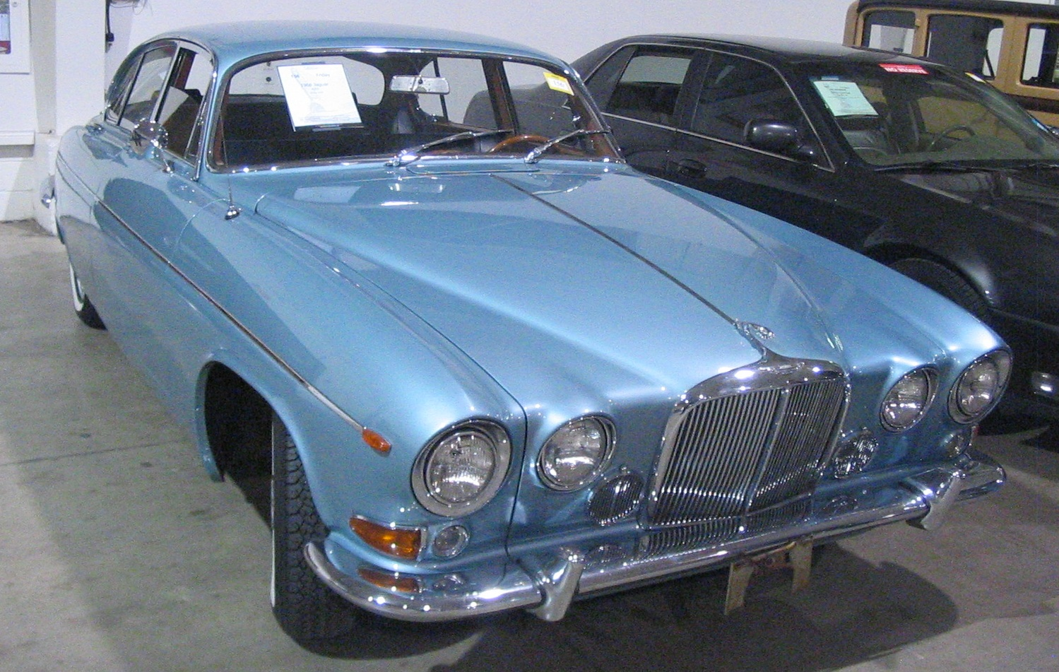 Jaguar 420g photo - 3