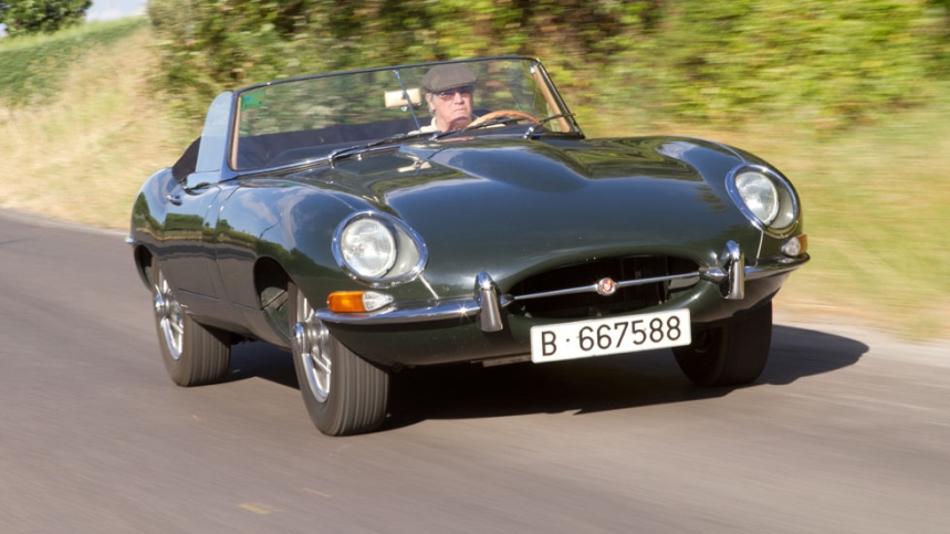 Jaguar roadster photo - 2
