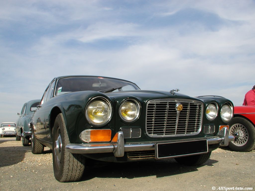 Jaguar xj6 photo - 3