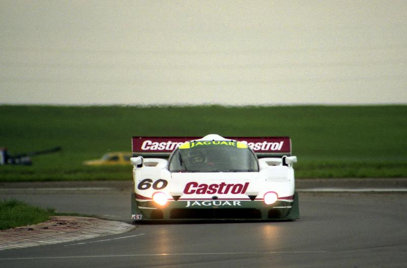 Jaguar xjr-10 photo - 4