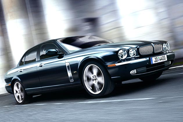 Jaguar xjr photo - 2