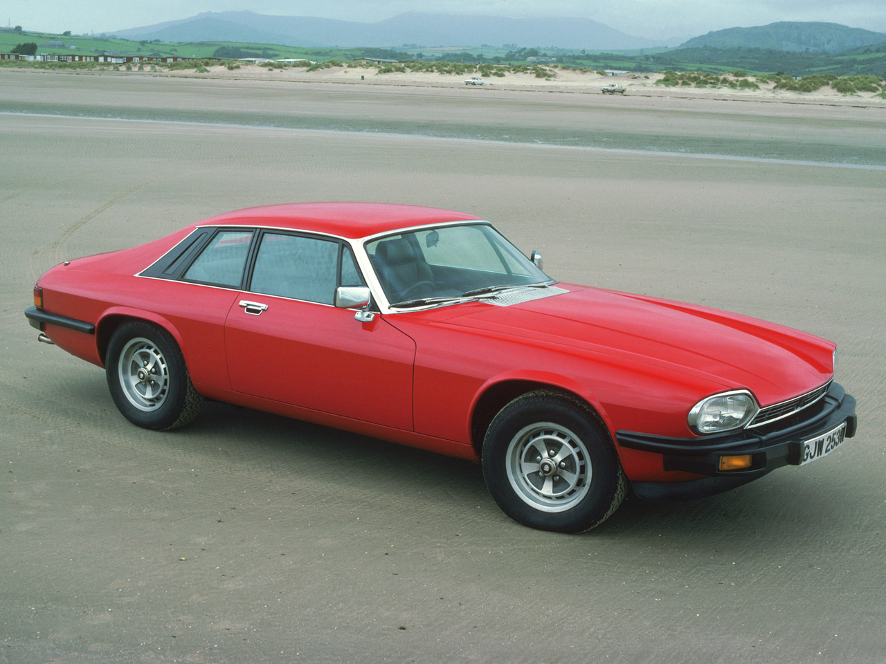 Jaguar xjs photo - 3