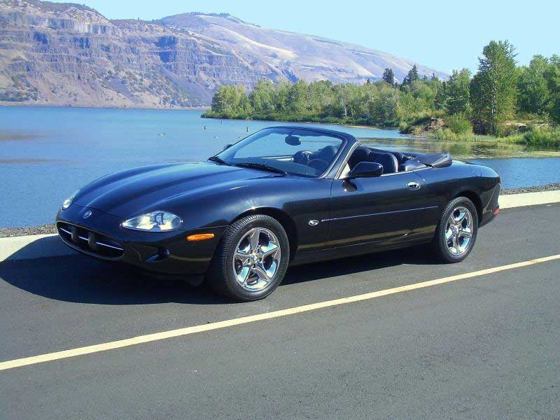 Jaguar xk8 photo - 2