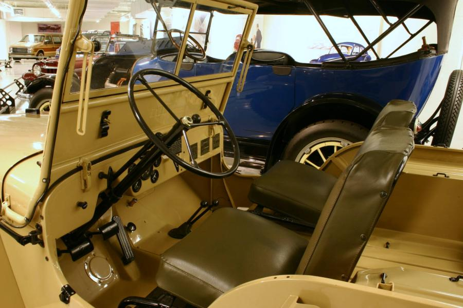 Jeep cj-2a photo - 2