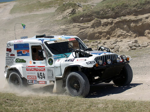 Jeep dakar photo - 2