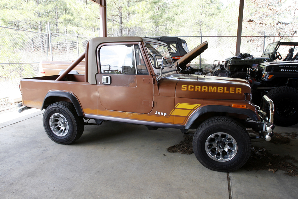 Jeep scrambler photo - 4