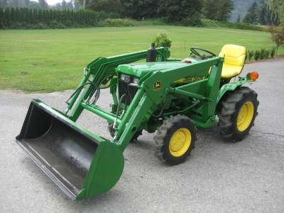 John deere backhoe photo - 4