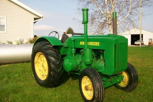 John deere d-series photo - 3